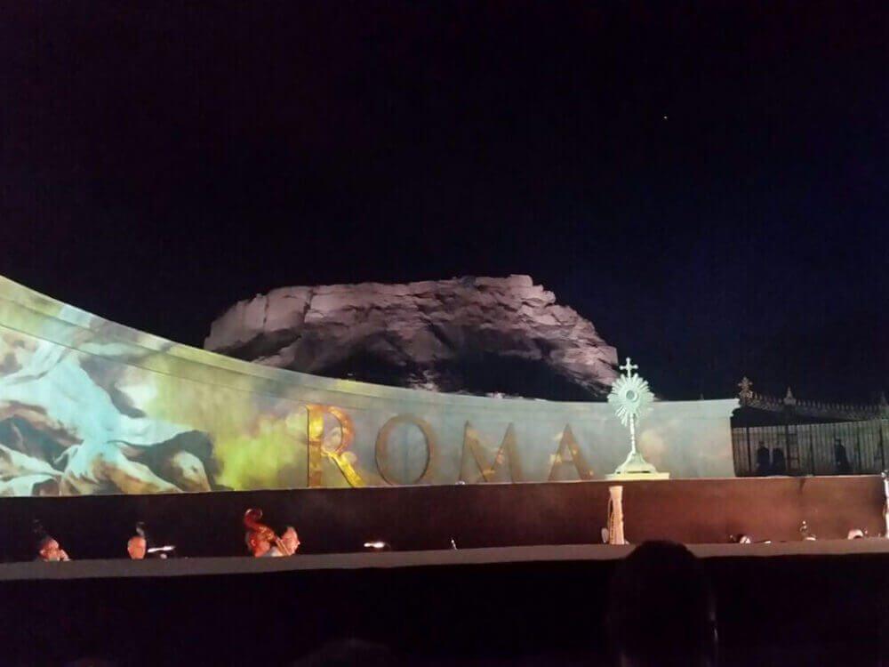 tosca-opera-01